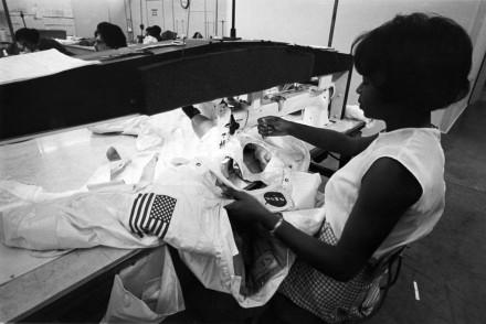 Seamstress Hazel Fellows sewing the thermal micrometeoroid garment of the ILC A7L Apollo spacesuit( [Quartz/Copyright, ILC Dover]