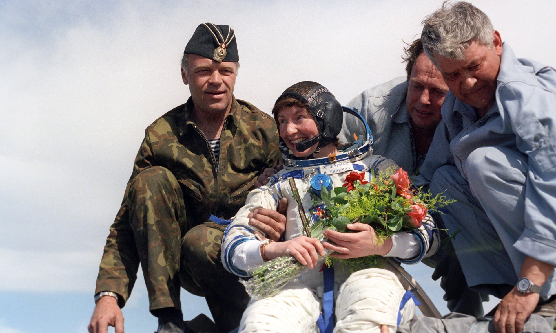 Britain's First Astronaut -Helen Sharman Landing After Her 8-Day Mission [Copyright: Alamy / The Guardian]