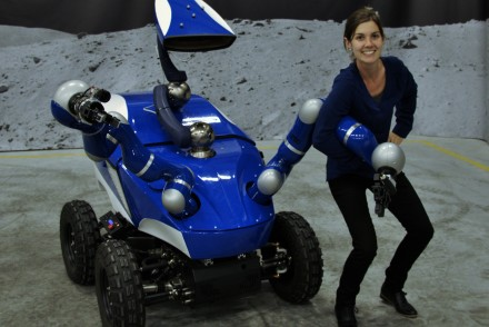 Eloise with ESA's INTERACT robot, operated by astronauts on-board the International Space Station (ISS). The Telerobotics and Haptics team aims to validate advanced robotic control developed for future exploration programmes.