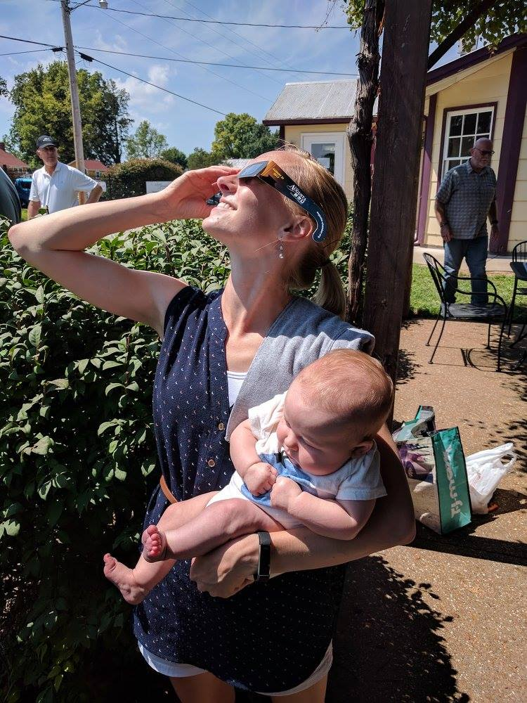 Ryan Watkins and her daughter during the August 2017 solar eclipse